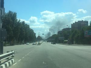 Новости Днепра про Масштабный пожар в Днепре: по Запорожскому шоссе несутся пожарные машины
