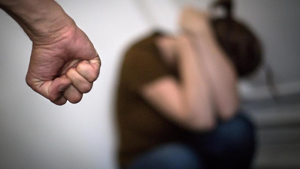 За домашнее насилие могут выгнать из дома. Новости Днепра