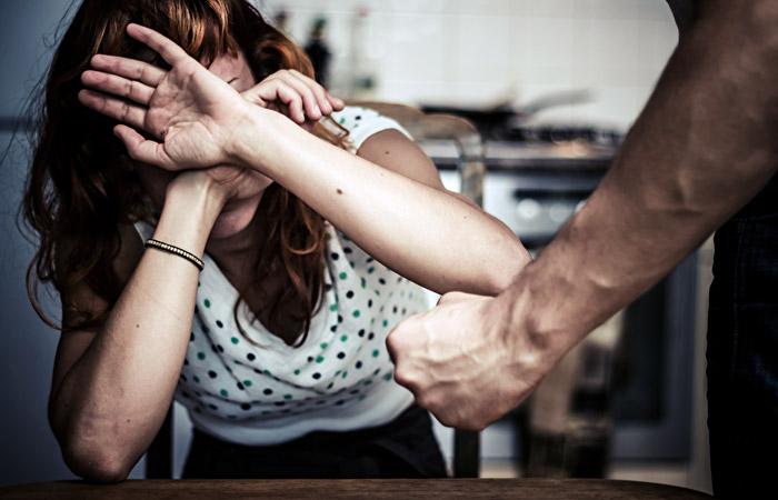В Украине запустили бесплатный курс против домашнего насилия. Новости Днепра