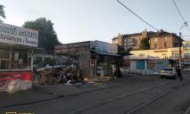 В Днепре сносят один из старых рынков