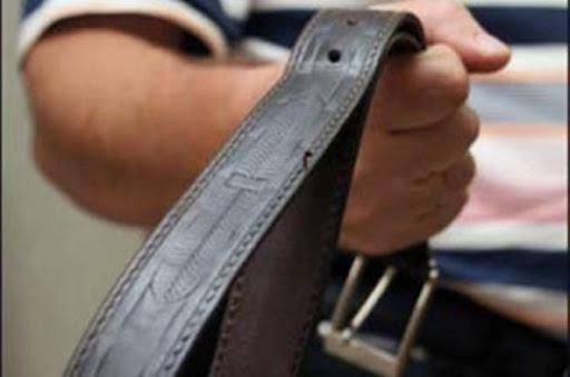 В Днепре неадекватный мужчина пытался избить полицейского ремнем. Новости Днепра