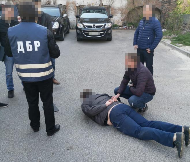 На взятке поймали бывшего прокурора. Новости Днепра