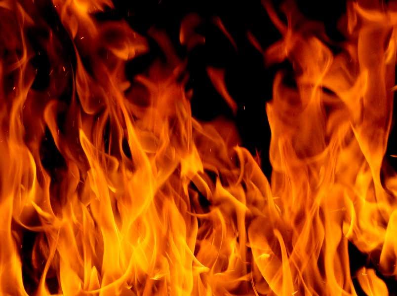 В области во время пожара пострадал мужчина. Новости Днепра