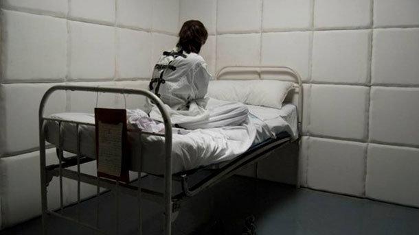 В области мужчина угрожал медикам. Новости Днепра