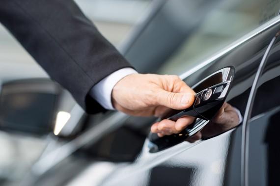 Обнародован перечень из 7 участков, на которых ежегодно с 1 апреля до 1 ноября разрешено увеличение скорости транспорта до 70 километров в час. Новости Днепра