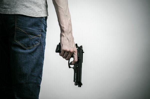 Вооруженный шизофреник на железной дороге. Новости Днепра