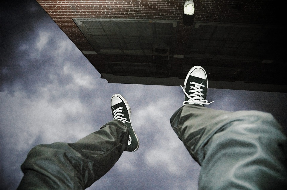 Мужчина выпрыгнул из окна больницы. Новости Днепра