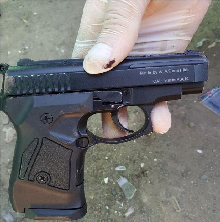 В регионе мужчина разгуливал с пистолетом в руках. Новости Днепра