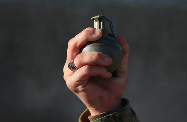 Мужчина швырнул гранату в жилой дом. Новости Днепра