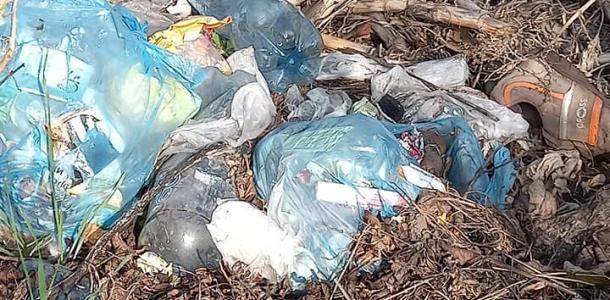 Горы мусора: местные жители бьют тревогу