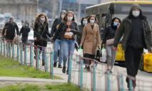 Полиции могут разрешить штрафовать людей без маски на месте