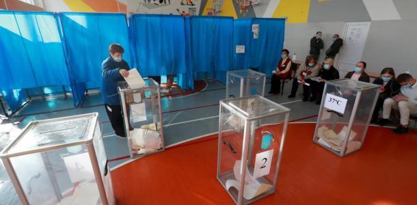 Сколько людей пришлось госпитализировать с избирательных участков: есть умершие