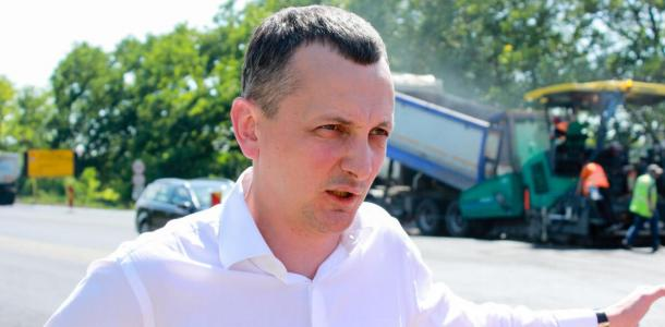 Что происходит на строительстве трассы Днепр-Решетиловка в Днепропетровской области – фотофакт