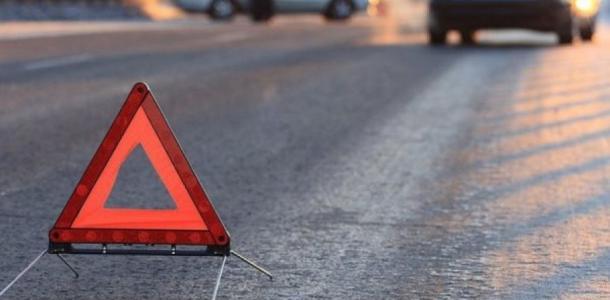 Серьезное ДТП: водитель сбил пешехода, его с серьезными травмами забрала скорая
