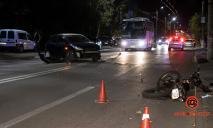 Серьезное ДТП в Днепре: мотоциклиста забрала скорая, что случилось