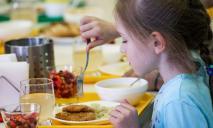 «Нет – вредным продуктам»: в Украине изменится питание школьников