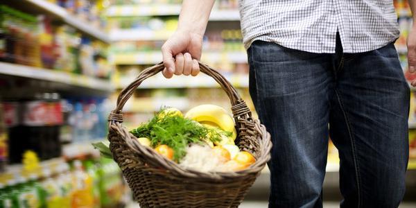 Супермаркет или рынок: где украинцы чаще покупают продукты