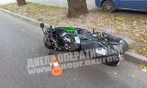 ДТП с мотоциклом и такси: пострадавшего доставили в больницу