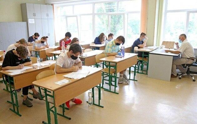 КОронавирус в школах Днепра, сколько людей заболели. Новости Днепра
