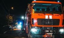 В Днепре пожарные спасли троих детей из горящего дома