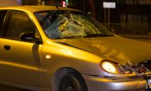 В Днепре пьяного мужчину, перебегающего дорогу в запрещенном месте, сбила машина