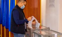 «Отличный день, чтобы сделать свой выбор»: депутат Камиль Примаков пришел на выборы