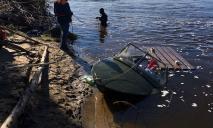 Перевернутая лодка и труп: что произошло