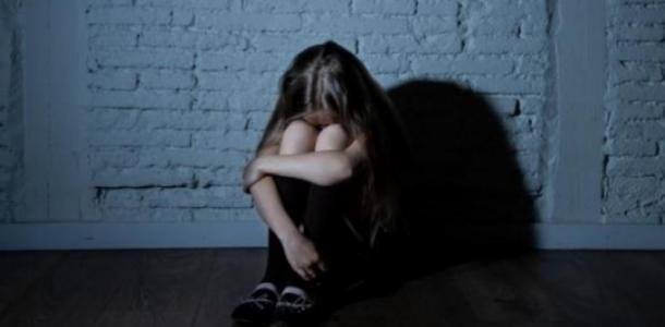 «Кричала изо всех сил»: отчим развращал 12-летнюю девочку