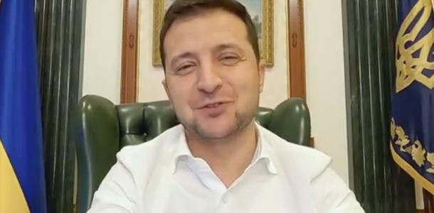 Зеленский пообещал раздать по 8 тысяч гривен пострадавшим от карантина: подробности