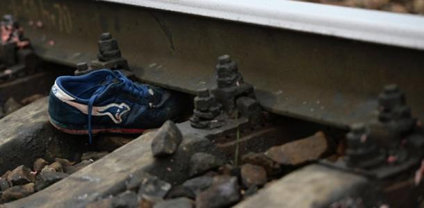 Страшная смерть на железной дороге. 20-летнего парня сбил поезд