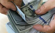 НБУ поднял курс доллара еще на 22 копейки