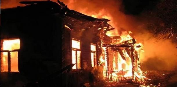 Страшный пожар. На Днепропетровщине сгорели мать и дочь