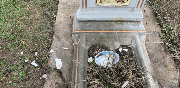 Достанет и на том свете: мужчина надругался над могилой из-за ненависти