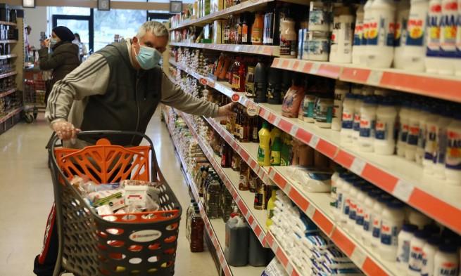 Покупатели в супермаркетах Украины могут купить не все товары. Новости Украины
