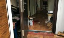 Мужчина жестоко избил и ограбил пенсионерку, подробности