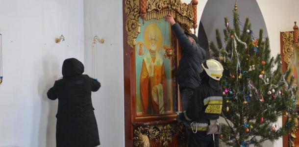 В Днепропетровской области на Крещение горел храм