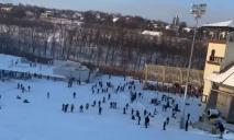 Почти Буковель: на «Лавину» в Днепре обвалилась лавина посетителей