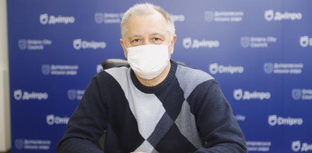 Тепло одеваться и не проводить много времени на улице: врач рассказал о профилактике обморожений