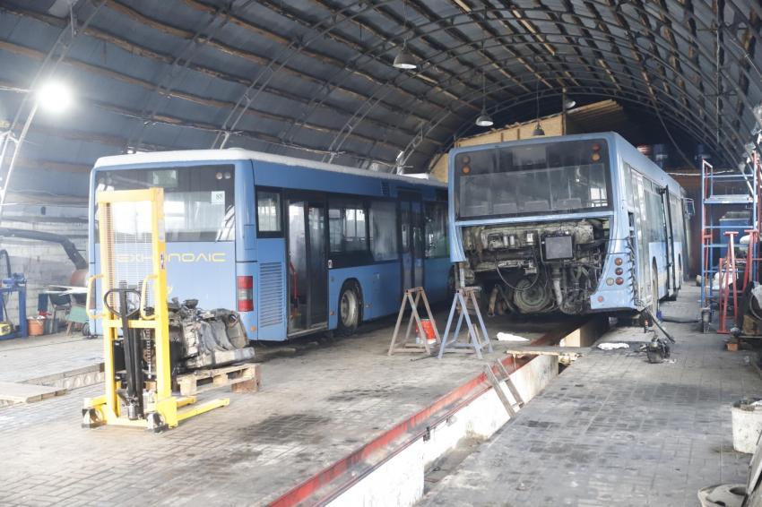 Как общественный транспорт Днепра готовят к бесперебойной работе