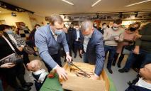 Мэр Днепра Борис Филатов вспомнил детство: открытие музея
