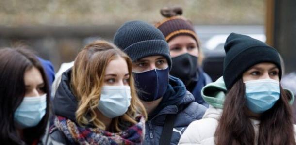 «Пандемия не закончилась»: людям рассказали о запретах