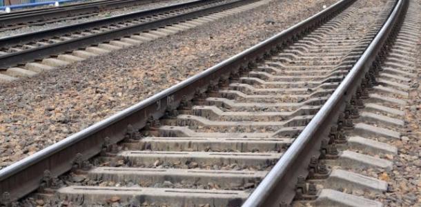 Мужчину сбил поезд, пострадавший – в реанимации