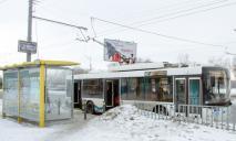 Непогода в Днепре, как ходит общественный транспорт