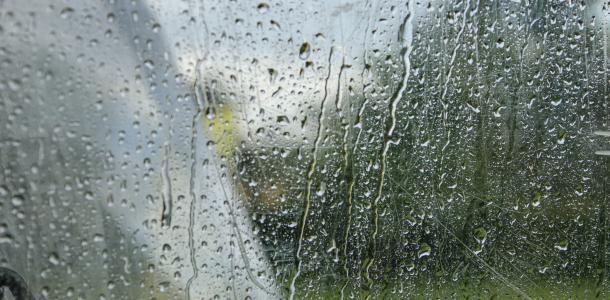 Дождь и сильный ветер: погода в Днепре на 27 февраля