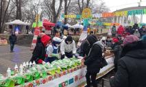 В Днепре установили Национальный рекорд Украины – «Самый длинный блинный рулет» (ФОТО)