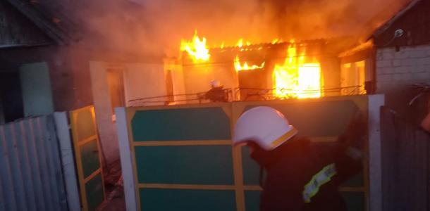 «Ожоги, отравление ядовитым дымом и труп»: подробности жуткого пожара