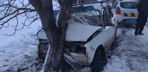 Серьезное ДТП под Днепром: 5 пострадавших, один – в тяжелом состоянии