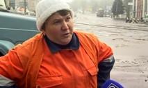 Асфальтоукладчица Катя из Днепра: 11 лет с момента выхода того самого видео
