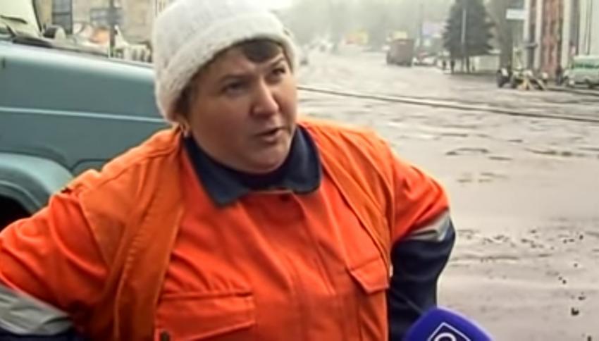 Асфальтоукладчица Катя: 11 лет с момента выхода того самого видео