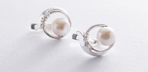 Oniks: «Какого цвета выбрать изделия из серебра с натуральными камнями?»